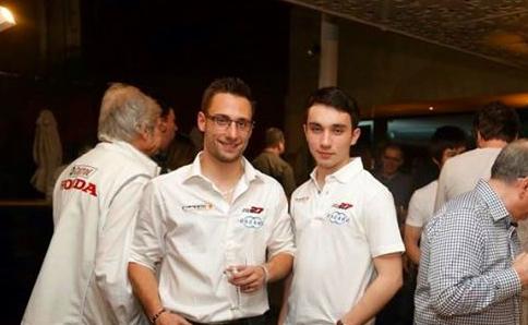 WTCC-2015-ARGENTINE-JOHN-FILIPPI-et-son-coach-David-ZOLLINGER.