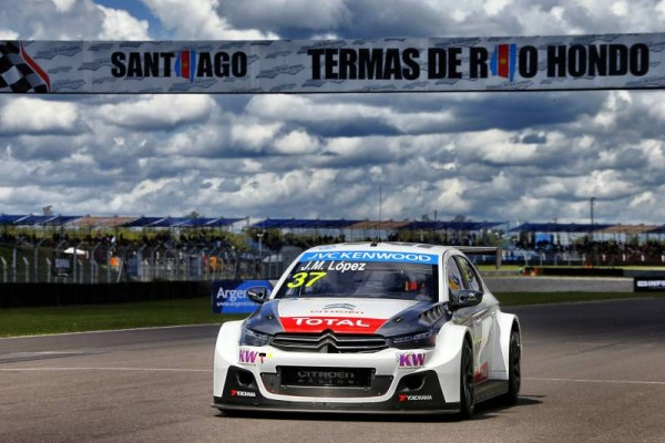 WTCC-2015-ARGENTINE-TERMAS-RIO-HONDO-CITROEN-C-ELYSEE-de-JOSE-MARIA-LOPEZ.