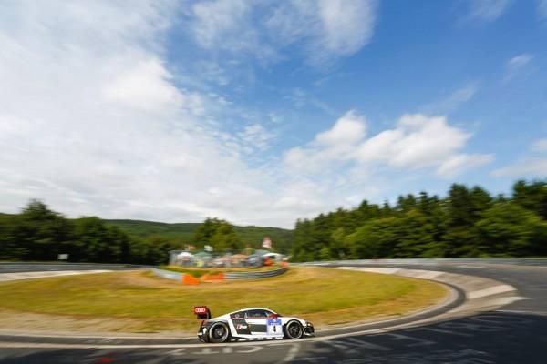24-HEURES-DU-NURBURGRING-2014-AUDI-N°4-du-PHOENIX-Racing