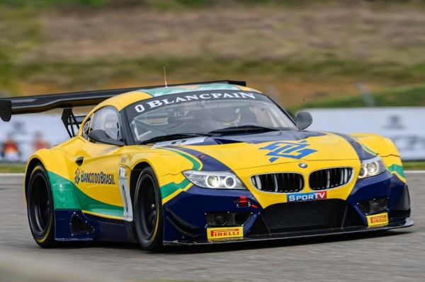 BLANCPAIN-2015-NOGARO-La-BMW-Z4-Team-BRASIL-Photo-Antoine-CAMBLOR.