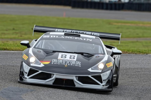 BLANCPAIN-SPRINT-2015-NOGARO-4-avril-LAMBORGHINI-du-Team-REITER-N°88-Photo-Antoine-CAMBLOR
