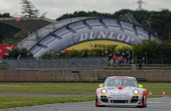BLANCPAIN-SPRINT-2015-NOGARO-La-PORSCHE-911-Team-FACH-AUTOS-Photo-Antoine-CAMBLOR.