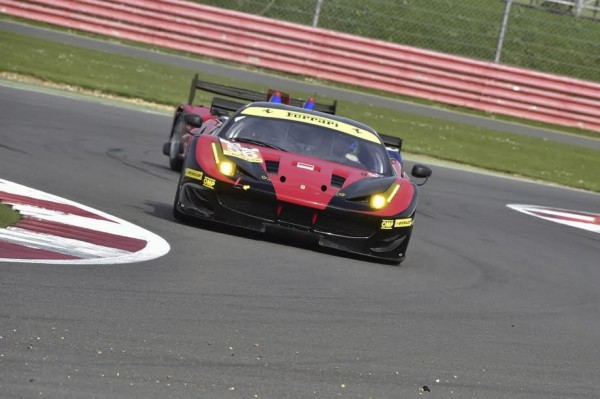 ELMS-2015-SILVERSTONE-La-FERRARI-F-458-du-Team-AT-Racing-Photo-Max-MALKA