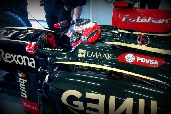 F1-2014-23-Octobre-Test-ESTEBAN-OCON-a-VALENCIA au-volant-de-la-LOTUS-de-2012