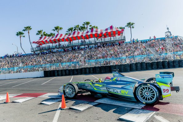 FORMULE-E-2015-LONGBEACH-4-avril-NELSON-PIQUET-Junior