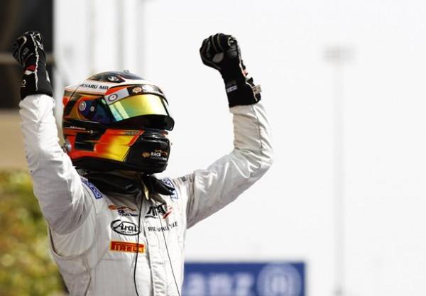 GP2-2015-BAHREIN-Le-18-Avril-Victoire-de-Stoffel-VANDOORNE-dans-la-1ére-course