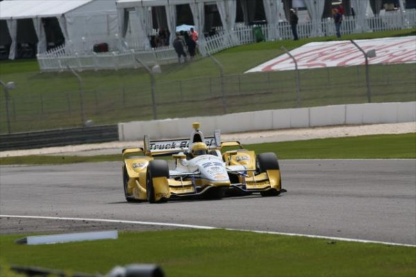 INDYCAR-2015-BARBER-SIMON-PAGENAUD.