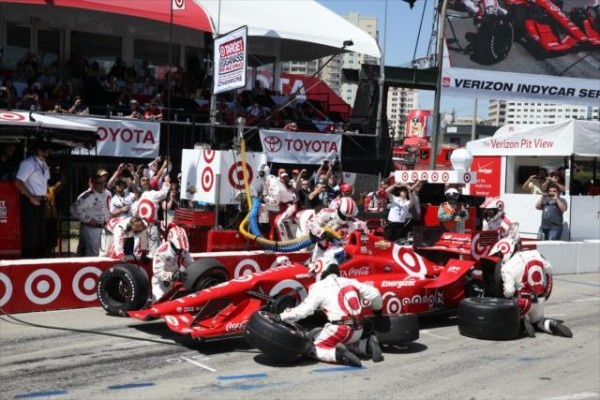INDYCAR-2015-LONG-BEACH-ARRET-ravitaillement-pour-SCOTT-DIXON-du-CHIP-GANASSI