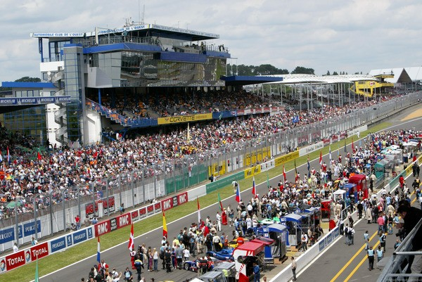 Le-Mans-presentation-tribunes-photo-autonewsinfo