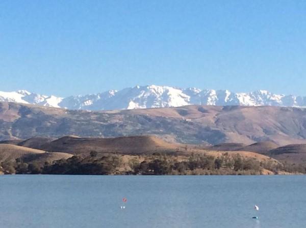 MARRAKECH PERLES ATLAS VUE des montagnes actuellement a la mi avril toujours enneigées.