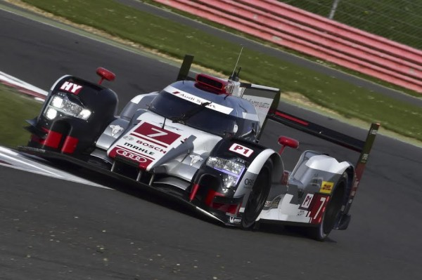 WEC-2015-SILVERSTONE-12-avril-AUDI-R18-N°-7-Photo-Max-MALKA