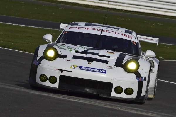 WEC-2015-SILVERSTONE-12-avril-PORSCHE-911-RSR-MANTHEY-La-N°-92-Photo-Max-MALKA