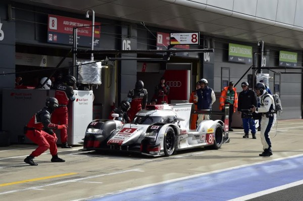 WEC-2015-SILVERSTONE-STAND-de-l-AUDI-N°8-victorieuse-Photo-Max-MALKA.j