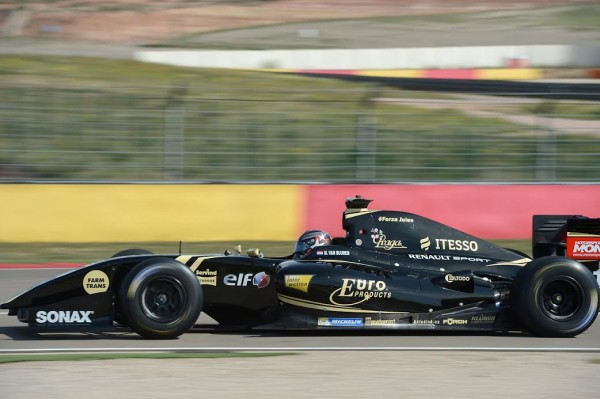 WORLD-SERIES-by-RENAULT-2015-MOTORLAND-Formule-3.5-MEINDERT-VAN-BURREN-Team-LOTUS-CHAROUZ-Photo-Antoine-CAMBLOR