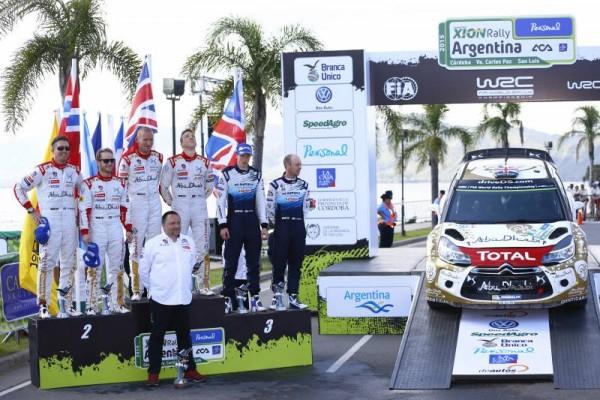 WRC-2015-ARGENTINE-26-avril-VICTOIRE-ET-DOUBLE-DES-DS3-DE-MEEKE-NAGLE-ET-OSTBERG-LA-JOIE-DES-PILOTES-CITROEN-avec-YVES-MATTON
