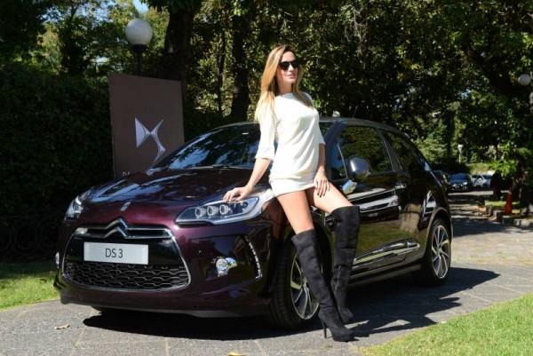 WRC-2015-ARGENTINE-LA-DS3-seduit-une-belle-Argentine.