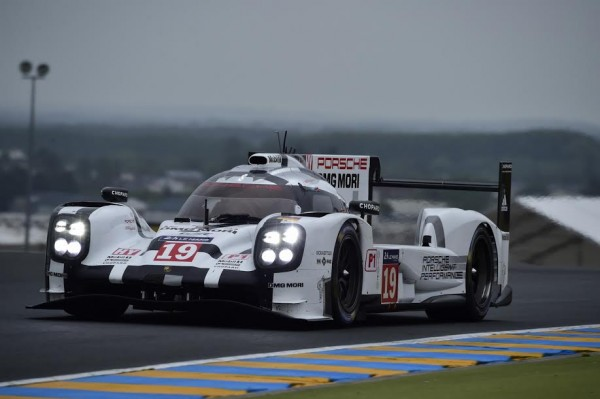 24-HEURES-DU-MANS-2015-TEST-PORSCHE-919-N°-19-Photo-Max-MALKA.