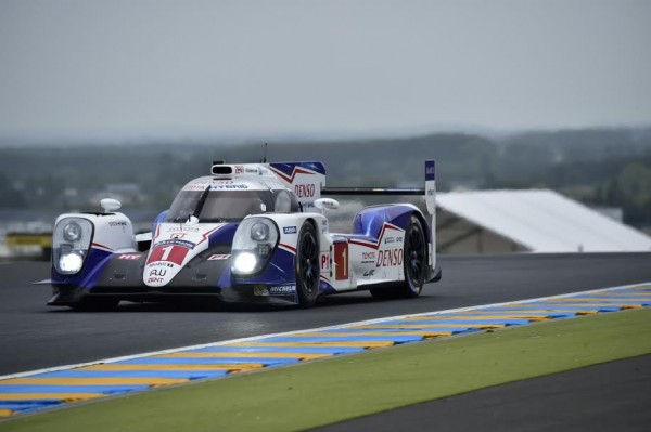 24-HEURES-DU-MANS-2015-TEST-TOYOTA-TS-040-N°-1-Photo-Max-MALKA.