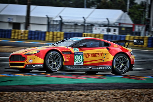 24-HEURES-DU-MANS-2015-Test-ASTON-MARTIN-N°99-Photo-Gilles-VITRY