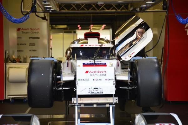 24-HEURES-DU-MANS-2015-Test-preliminaire-Stand-AUDI-Motorsport-Photo-Max-MALKA.