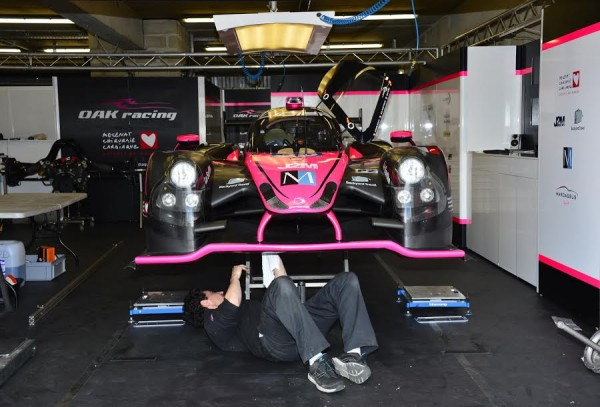24-HEURES-DU-MANS-2015-Test-preliminaire-Stand-OAK-Racing-LIGIER-Photo-Max-MALKA