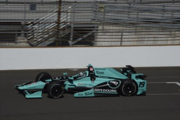 500-MILES-INDIANAPOLIS-2015-JAMES-DAVISON-DALLARA-DW12-Team-DALE-COYNE