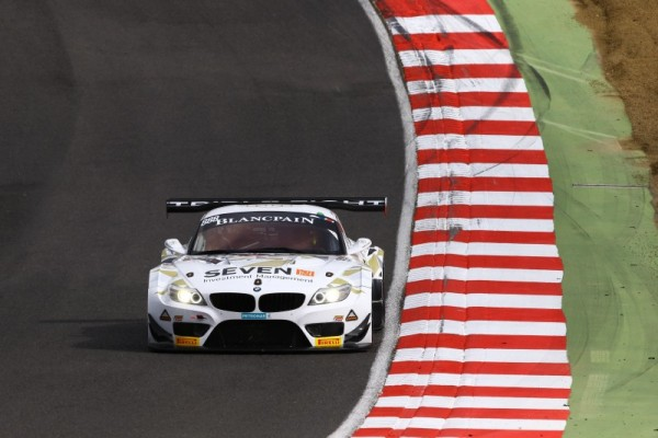 BLANCPAIN-2015-BRANDS-HATCH-TRIPLE-EIGHT-RACING-BMW-Z4-GT3-LEE-MOWLE-JOE-OSBORNE