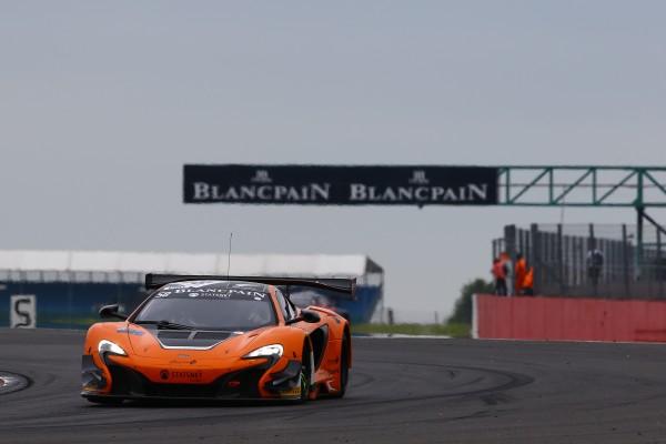 BLANCPAIN ENDURANCE SERIES 2015 SILVERSTONE -1ére la McLaren Van Ryan Racing de Rob Bell - Shane Van Gisbergen et Kevin Estre.