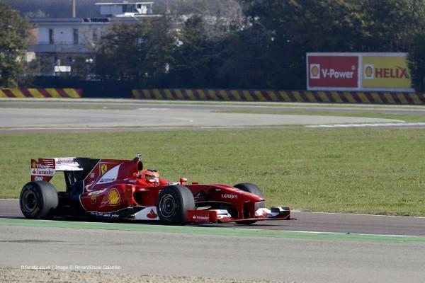F1 2014 Début ren F1 au volant de la FERRARI pour ESTEBQN OCON le CHAMPION D'EUROPE 2014 de F3