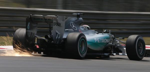 F1-2015-BARCELONE-MERCEDES-NICO-ROSBERG