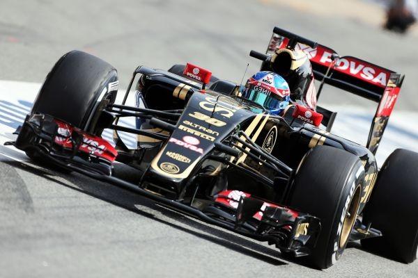 F1-2015-BARCELONE-Test-PIRELLI-12-Mai-JOLYON-PALMER-LOTUS-MERCEDES-