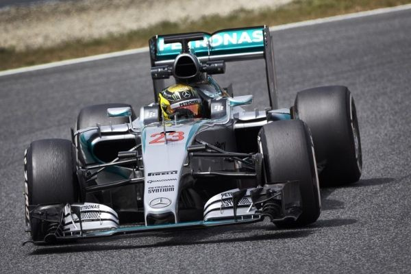 F1-2015-BARCELONE-Test-PIRELLI-12-Mai-PASCAL-WEHRLEIN
