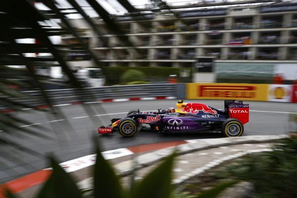 F1-2015-MONACO-Belle-performance-des-RED-BULL-RENAULT-toutes-les-deux-dans-le-TOP-5.