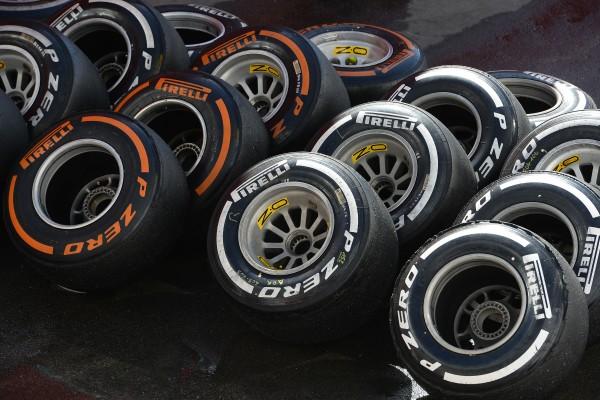 F1 2015 Test BARCELONE 12 et 13 Mai la gamme des pneumatiques PIRELLI.