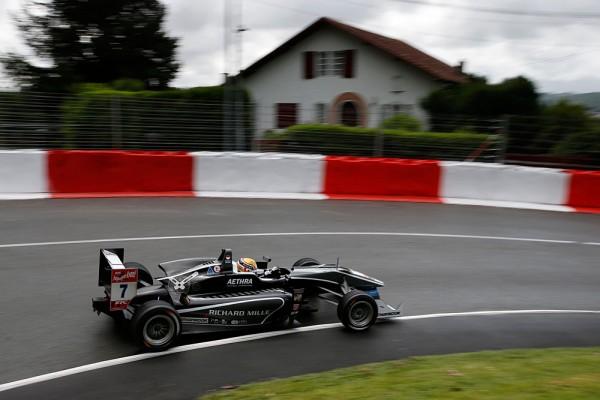 F3-2015-GP-de-PAU-CHARLES-LECLERC