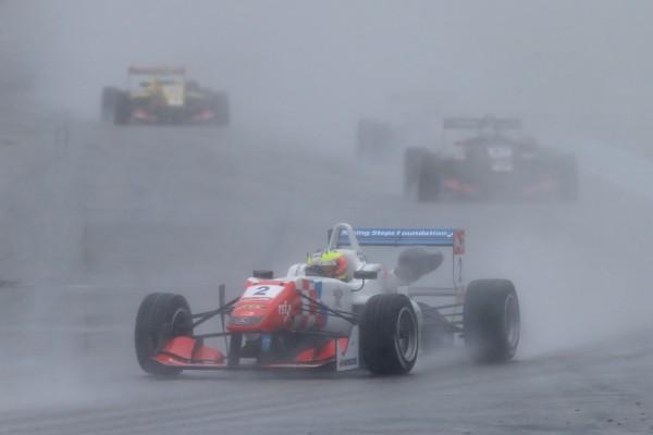F3 2015 HOCKENHEIM JAKE DENNIS dans la seconde manche