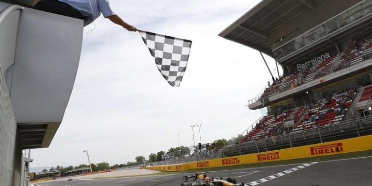 GP2-2015-BARCELONE-VCTOIRE-pour-ALEX-LYNN-dans-la-deuxième-course-10-Mai.