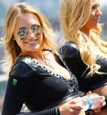 MOTO GP  2014 GP DE FRANCE - LES GIRLS DE MONSTER 1