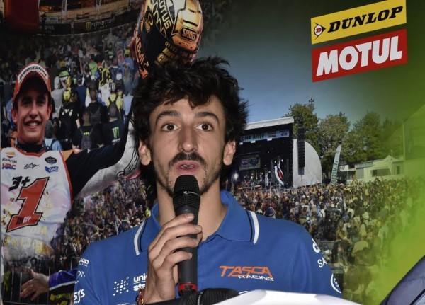 MOTO-GP-2015-FRANCE-Présentation-23-avril-Louis-ROSSI-Photo-Max-MALKA