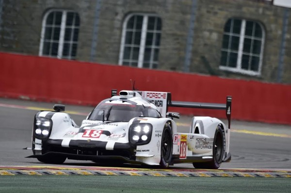 WEC-2015-SPA-La-PORSCHE-N°18-Photo-Max-MALKA