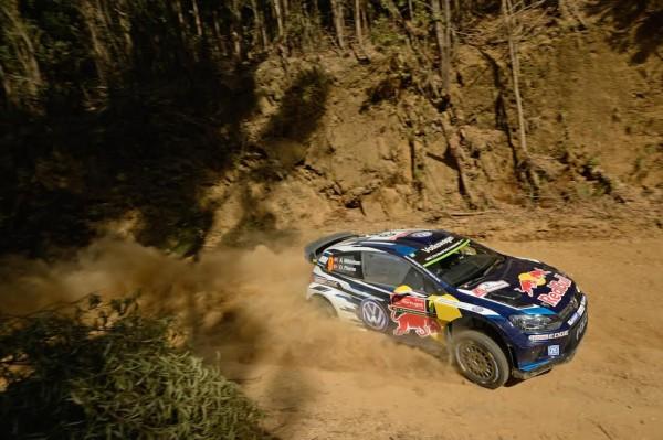 WRC-2015-PORTUGAL-VW-Polo-de-IKKELSEN-FLOENE