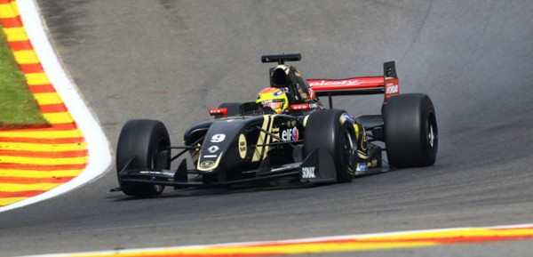 WSR-2015-SPA-Team-LOTUS-CHAROUZ-MATHIEU-VAXIVIERE