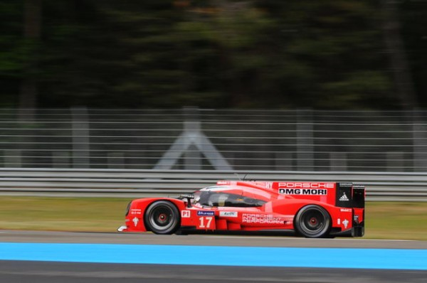 24-HEURES-DU-MANS-2014-La-PORSCHEN°17-Photo-Pat-MARTINOLI