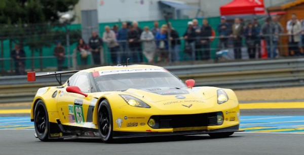 24-HEURES-DU-MANS-2015-La-CORVETTE-N°63-Photo-Thierry-COULIBALY-