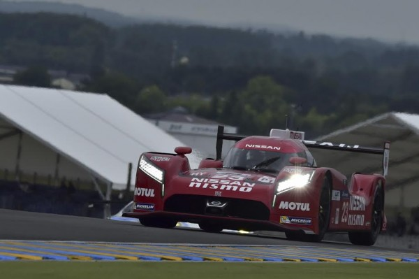 24-HEURES-DU-MANS-2015-NISSAN-N°22-de-PLA-MARDENVOROUGH-CHILTON-Photo-Max-MALKA
