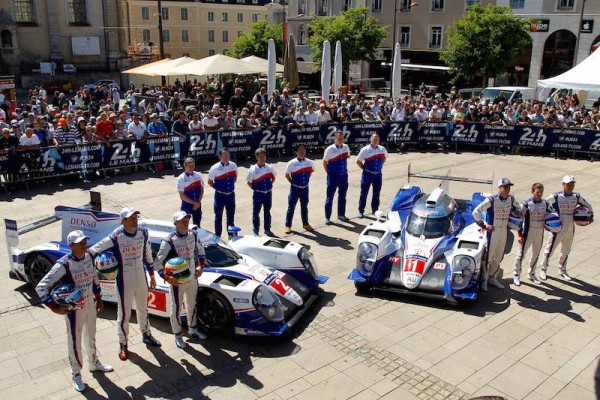24-HEURES-DU-MANS-2015-PESAGE-Présentation-EQUIPE-TOYOTA-Photo-Thierry-COULIBALY