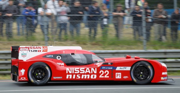 24-HEURES-DU-MANS-2015-Test-La-NISSAN-GT-R-NISMO-N°-22-Photo Thierry COULIBALY