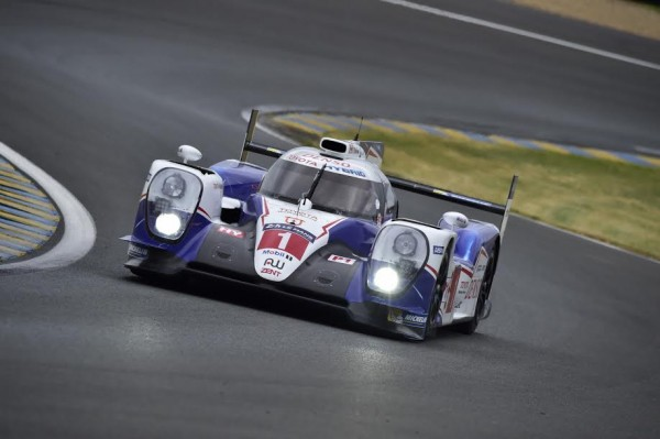 24-HEURES-DU-MANS-2015-TEST-TOYOTA-TS040-N°1-Max-MALKA