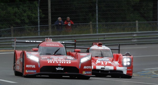 24 HEURES DU MANS 2015 Test - NISSAN N° 22 et PORSCHE N°17 - Photo Thierry COULIBALY