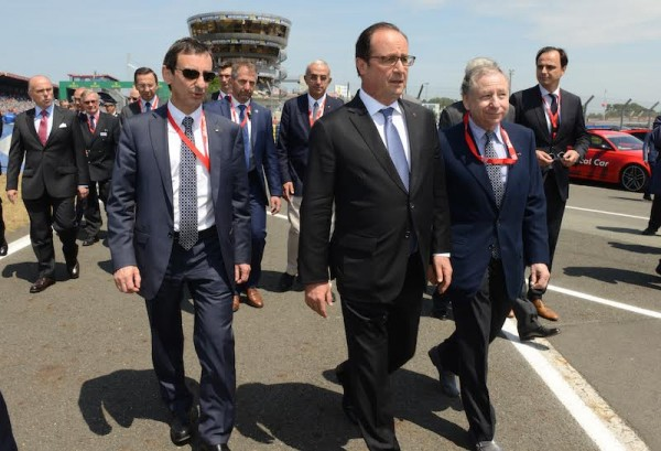 24 HEURES DU MANS 2015  le PRESIDENT HOLLANDE ACCOMPGNE Pierre FILLON et Jean TODT  PHOTO POOL ELYSEE